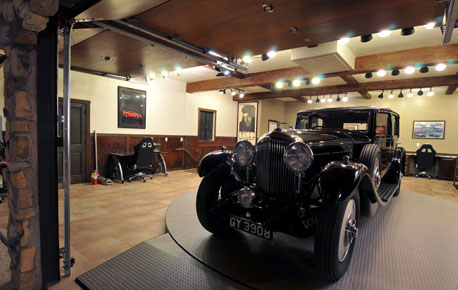 Jay Leno S Garage Conversion Custom Garage Interiors